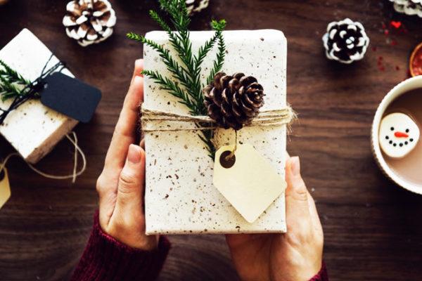 economia com presentes no Natal